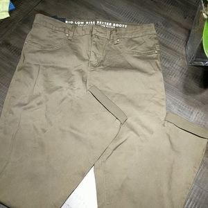 NWT Rio low rise better booty olive green jeans